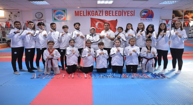 Melikgazi Taekwondo Takımı başarıdan başarıya koşuyor