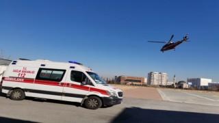 Ambulans helikopterlerin 21 günlük bebeği hayatta tutma yarışı