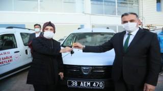 Develi Belediyesi ve Öksüt Madencilikten Devlet Hastanesine filyasyon aracı desteği