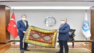 YRP Genel Başkanı Erbakan, Büyükkılıçı ziyaret etti