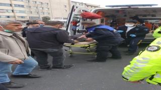 Kazada Yaralanan 2 Kişiye İlk Müdahaleyi Zabıta Yaptı
